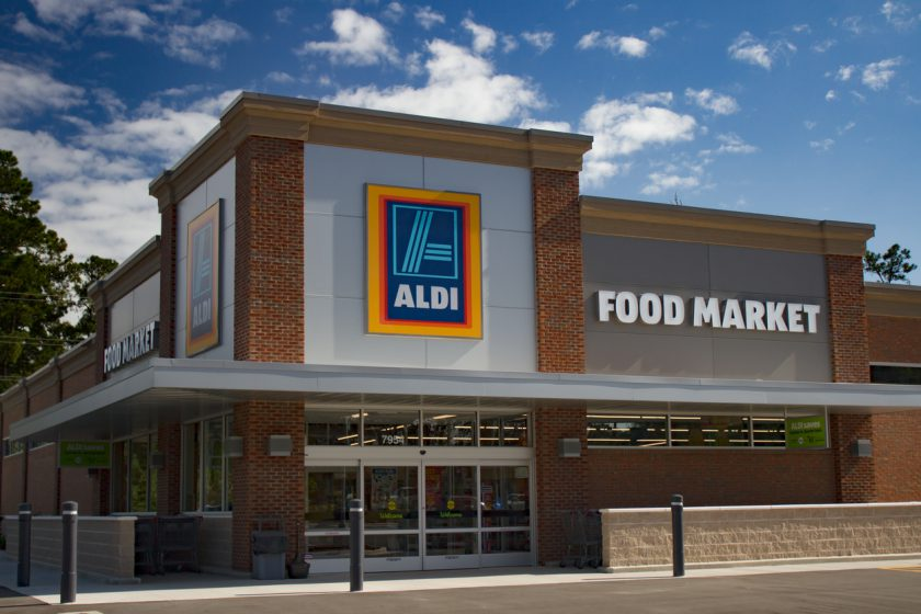 Shawn Ackerman Represents Landlord in Lease to Dollar Tree and Aldi at Shoppes at Kingsgate, Houston, TX