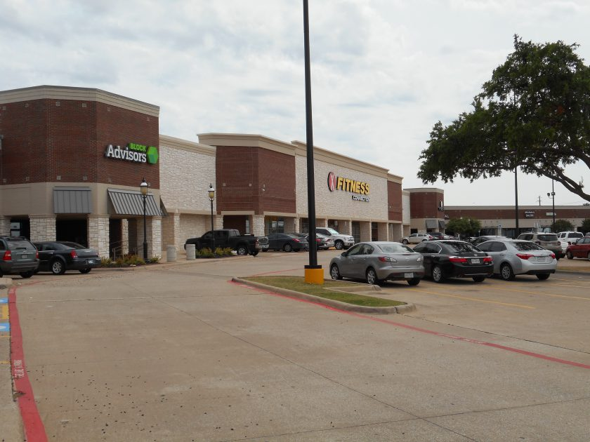 Henry S. Miller Cos. Acquires Mills Pointe, 126,000SF Shopping Center in Carrollton, TX